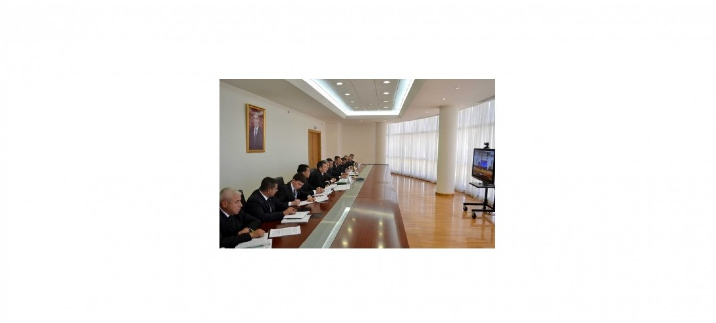 A MEETING WAS HELD ON THE CONSTRUCTION OF FACILITIES IN THE TURKMEN-IRANIAN BORDER CHECKPOINTS